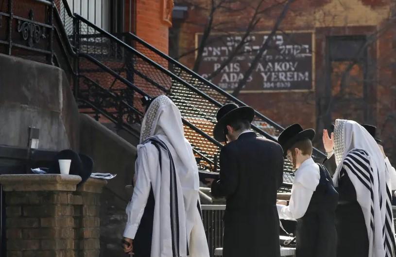 Meio milhão de judeus participa de oração contra coronavírus