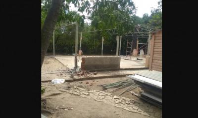 AD sendo demolida em Cuba