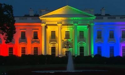 Casa Branca com as cores da bandeira LGBT