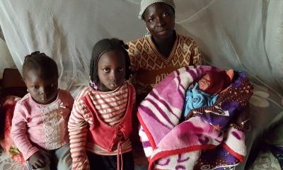 Viúva e órfãos na Nigéria